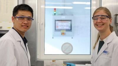 BMW forscht in einem Projekt an sicheren Feststoffbatterien