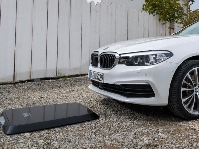 Electric Vehicles Bmw Offers Inductive Charging For Hybrid