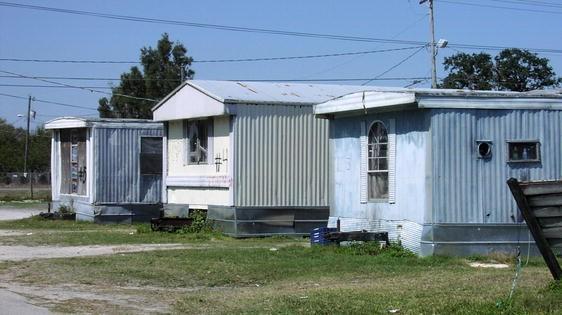 Salvaging Decency: Mobile Home Residents' Strategies of Managing ...
