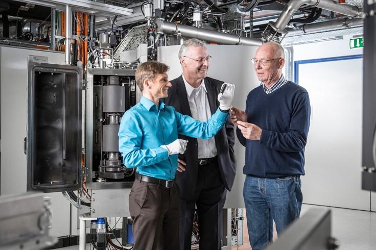 Automobil + Motoren | Neues Laser-Verfahren für reibungsarme ...