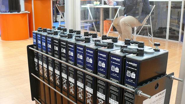 Energie | Neue Redox-Flow-Batterie überzeugt | springerprofessional.de