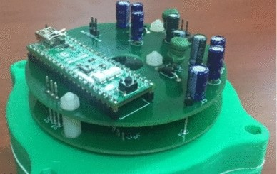 A new capacitive rotary encoder based on analog synchronous