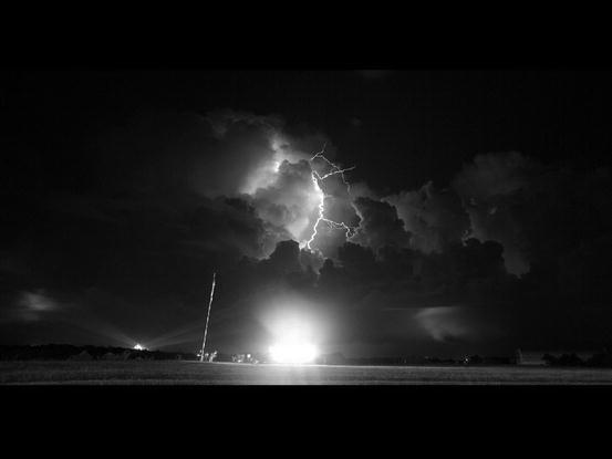 Awesom Storm Front That Darkened >> Lightning S Gleaming Rod Springerlink