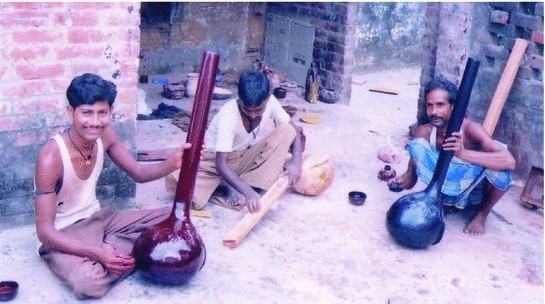 Making of Tanpura with All Its Components, Tuning and