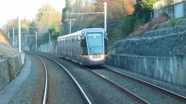 Bus Rapid Versus Light Rail Transit: Service Quality