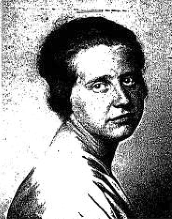 Scientific contributions of the first female chemists at the