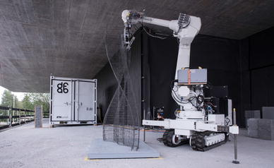 Mobile robotic fabrication at 1:1 scale: the In situ