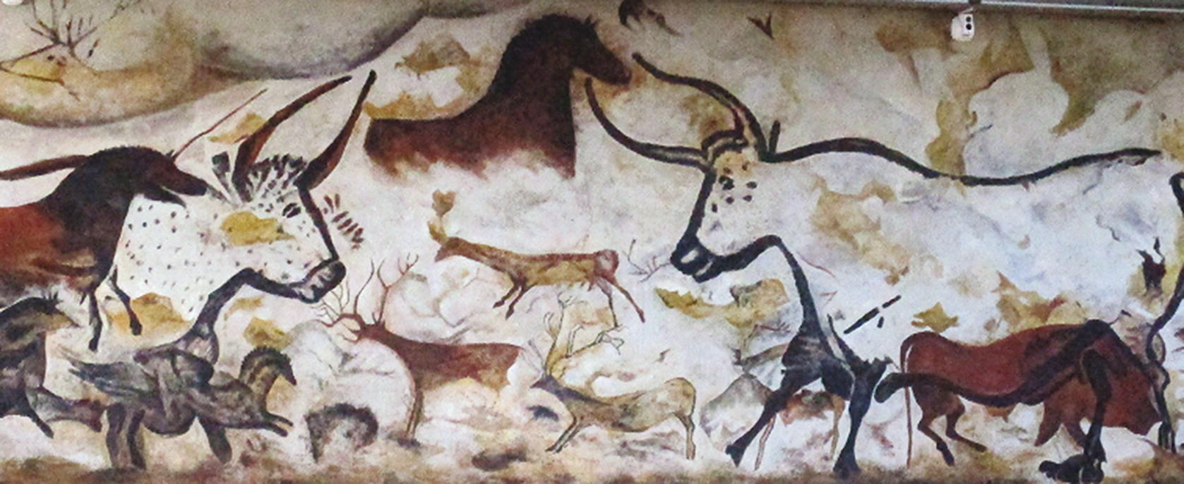 Evolution and the Origins of Visual Art: An Archaeological