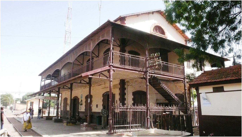 Villa Terre Du Sud configuring the colonial grid in senegal: comptoirs, escales