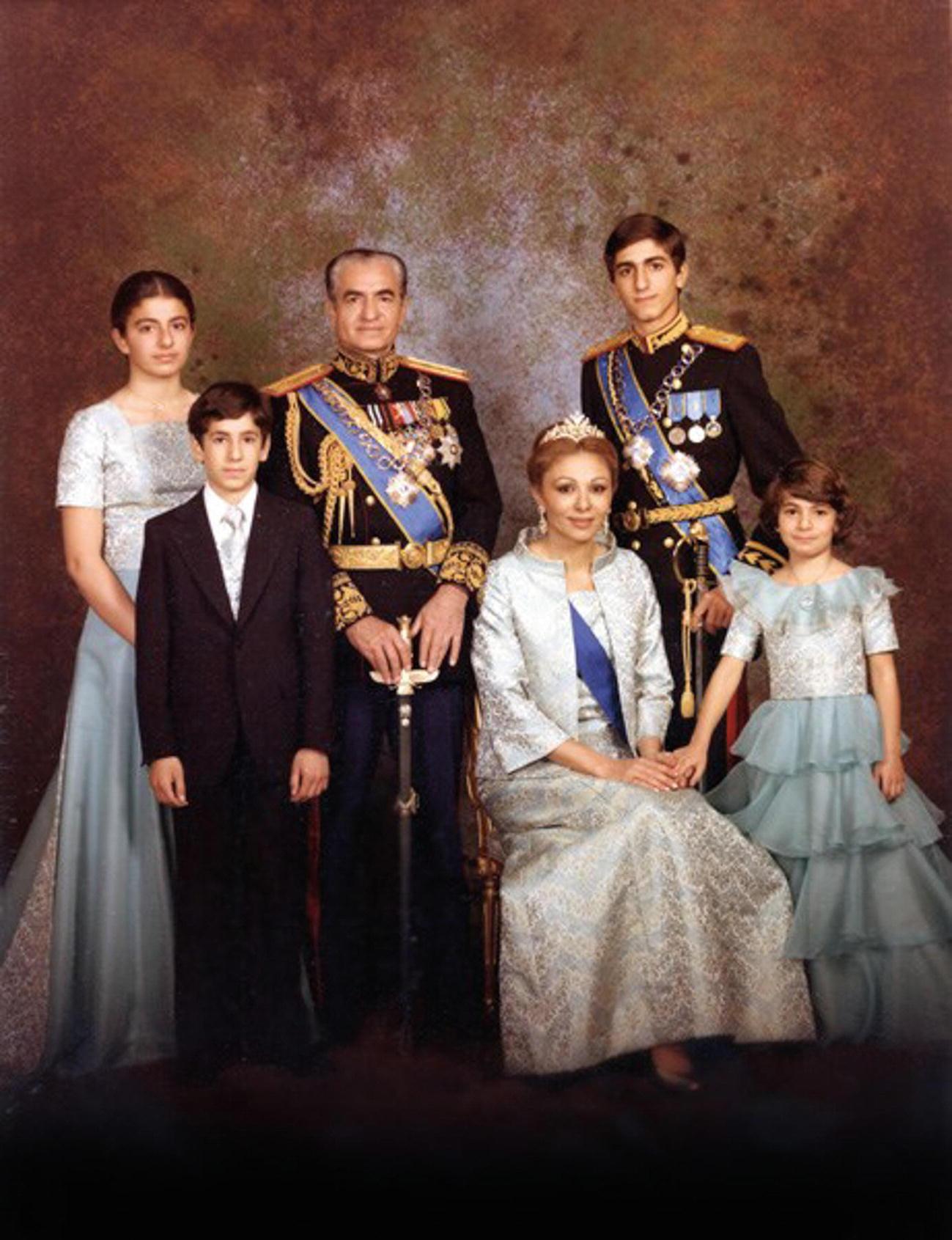 Nezam Shahanshahi: The Shah's Imperial Order | SpringerLink