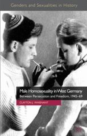 Junges Mädchen rauchen Lesben